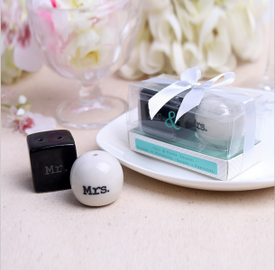 WMSB2007 Mr. and Mrs. Ceramic Salt and Pepper Shakers - As Low As RM3.00 / Box