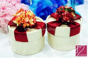 PHBR3013  Hydrangea Round Favor Box with Red Ribbon- As Low As RM2.20 /Pc